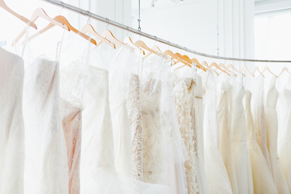 8 Tips on How to Survive a Bridal Salon Appointment