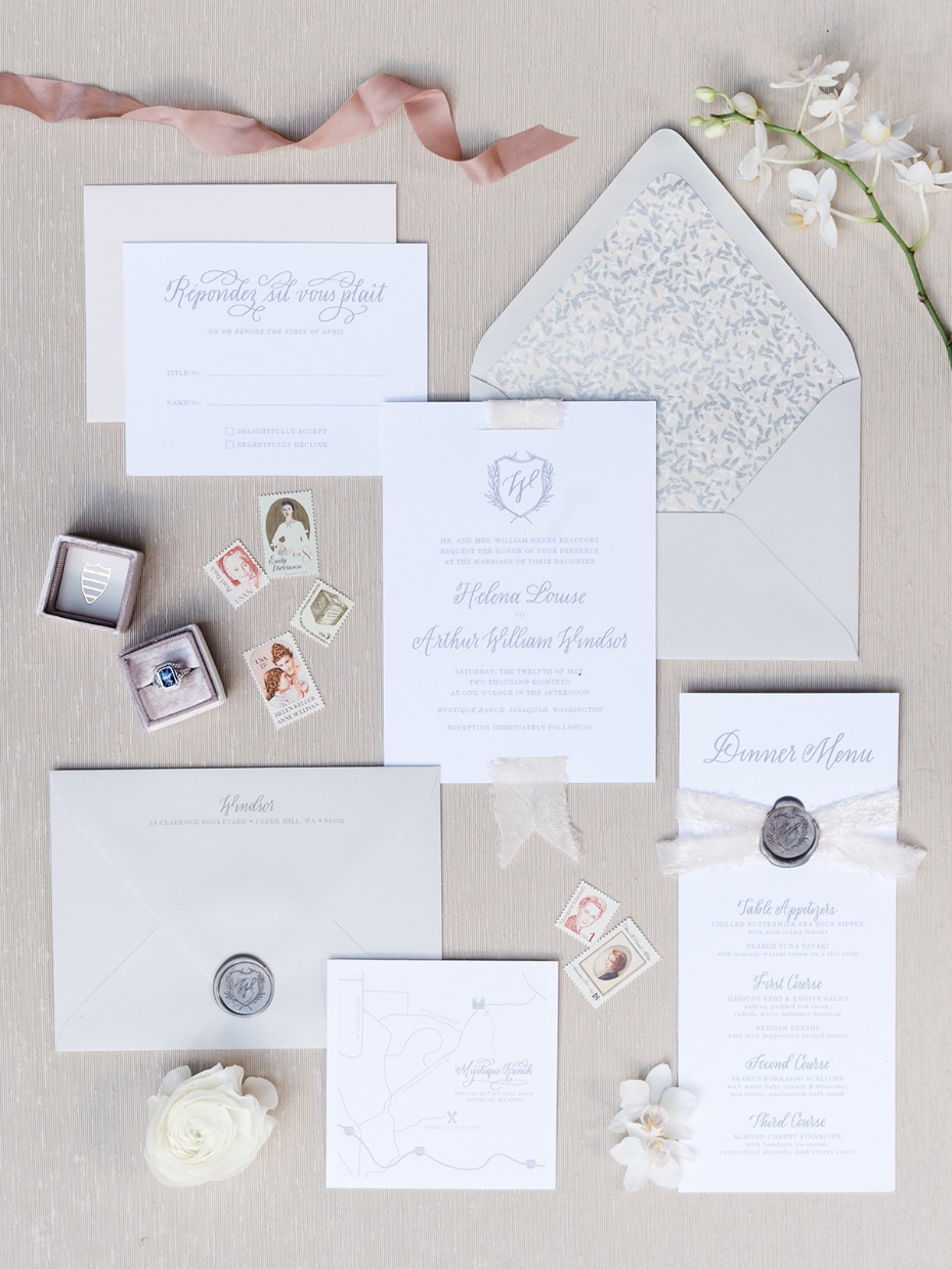 wedding stationary with a classic and regal style