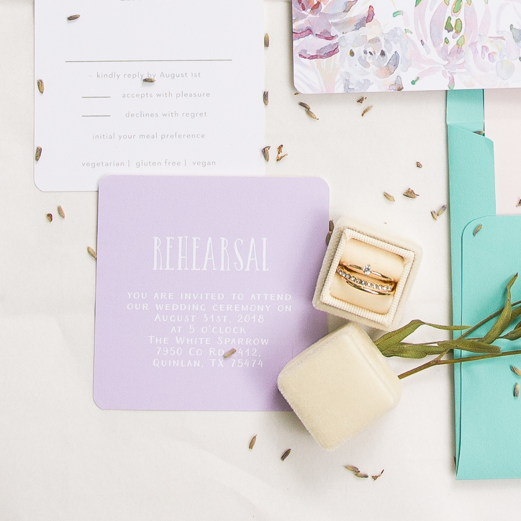 Building a wedding suite is so much fun! Especially when you play around with color choices for your enclosure cards. Stack each card