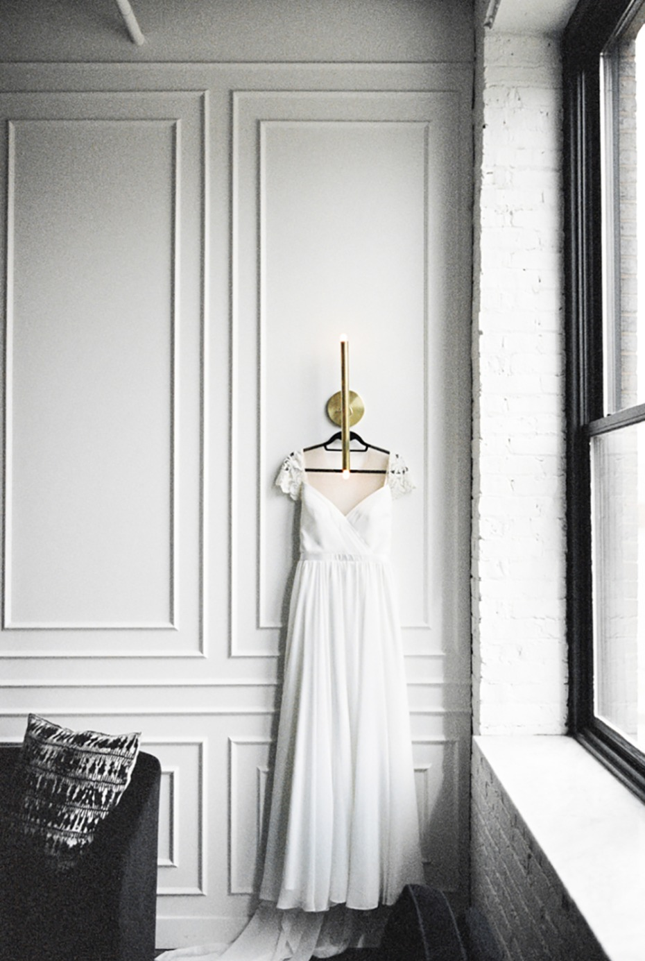 wedding dress for your minimalist wedding