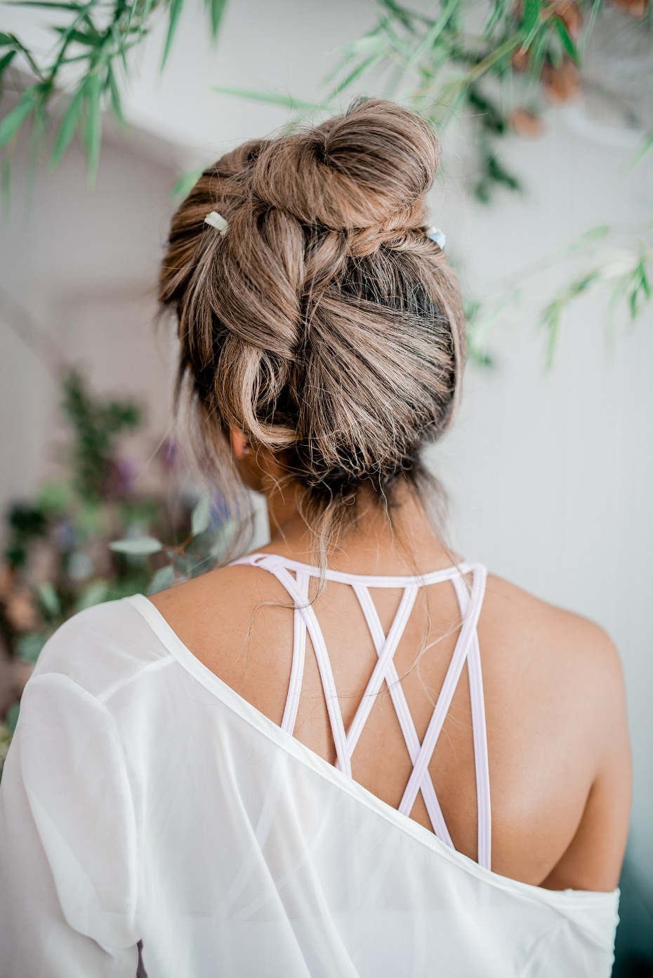 Cute hair updo for the bride