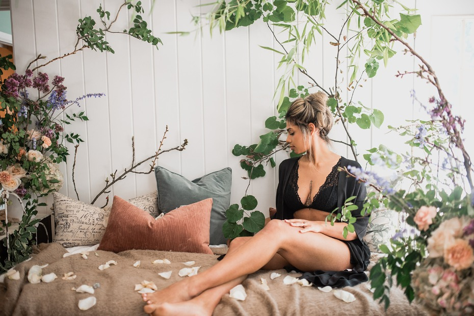 Have a romantic bridal boudoir session for yourself