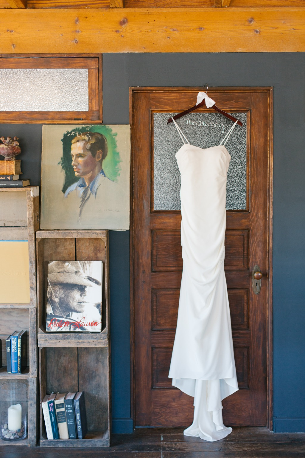 Loved the light in the bridal suite at Smoky Hollow Studios in El Segundo, CA.