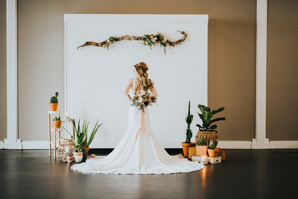How to Have a Stylish Desert Inspired Boho Wedding Anywhere