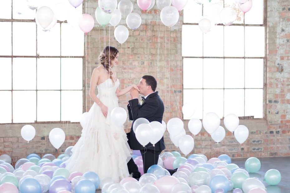 wedding portraits plus balloons