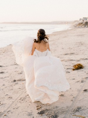 Quiz: Where Do You Fall on the Bride Chill Scale?