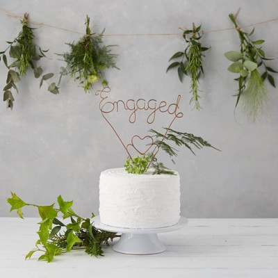 12 Engagement Gifts from Etsy for Those Saying I Do In Your Crew