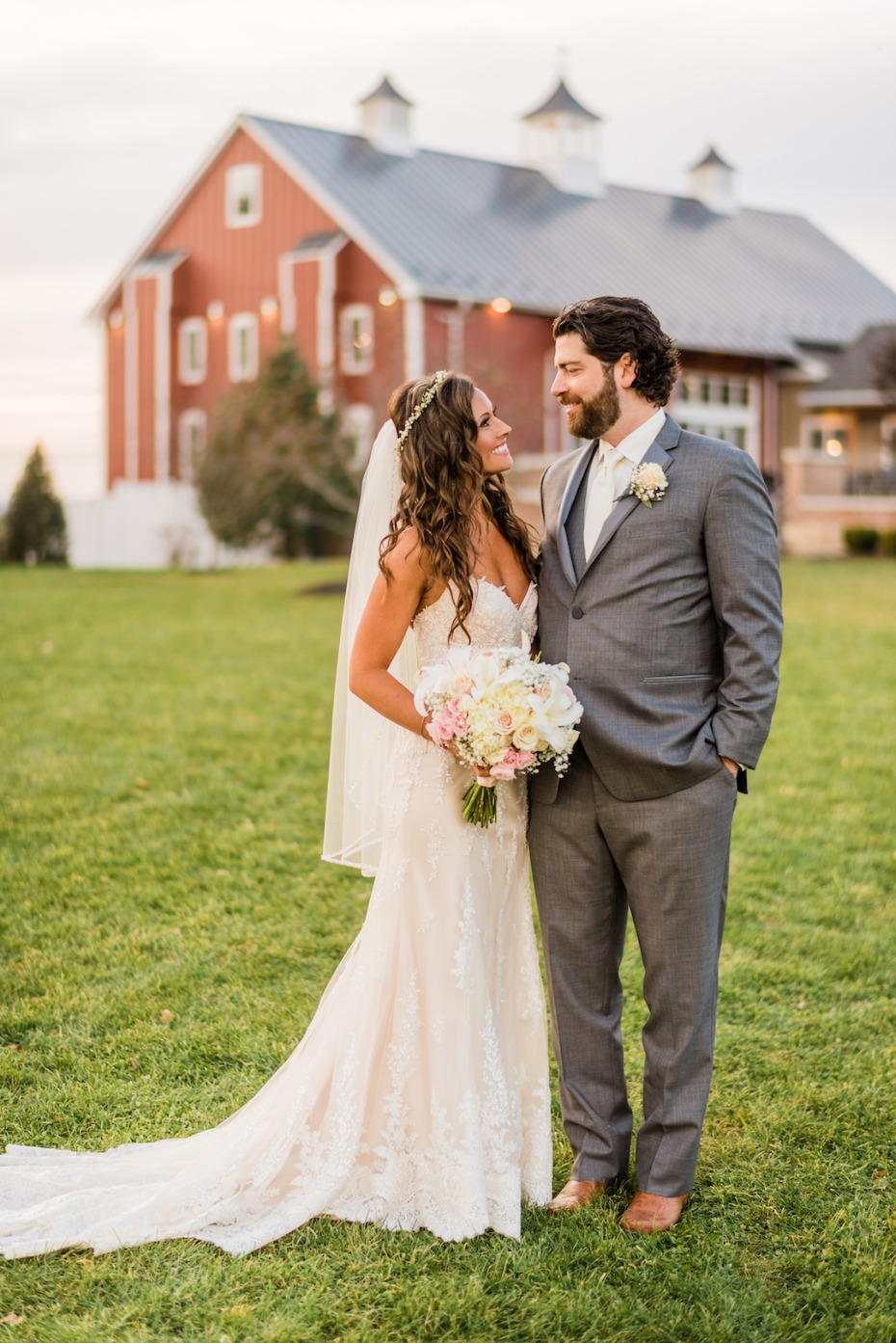 Rustic barn wedding at Wyndridge Farm