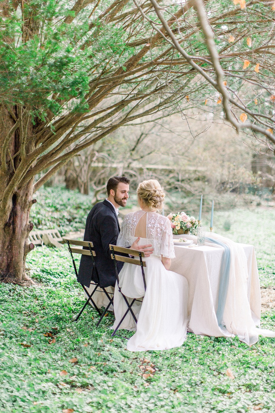 Romantic english garden wedding