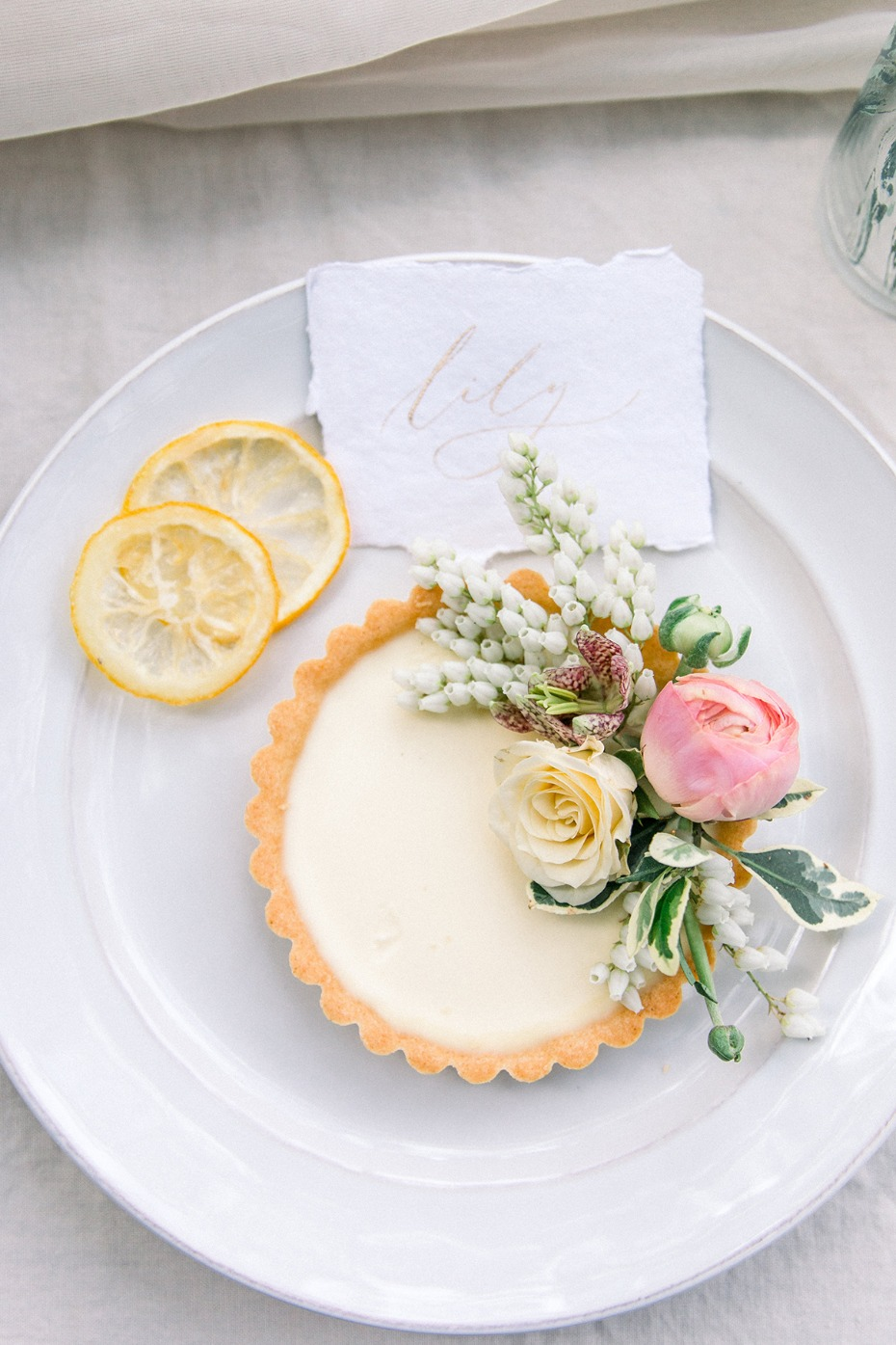 Lemon tart place card for a wedding