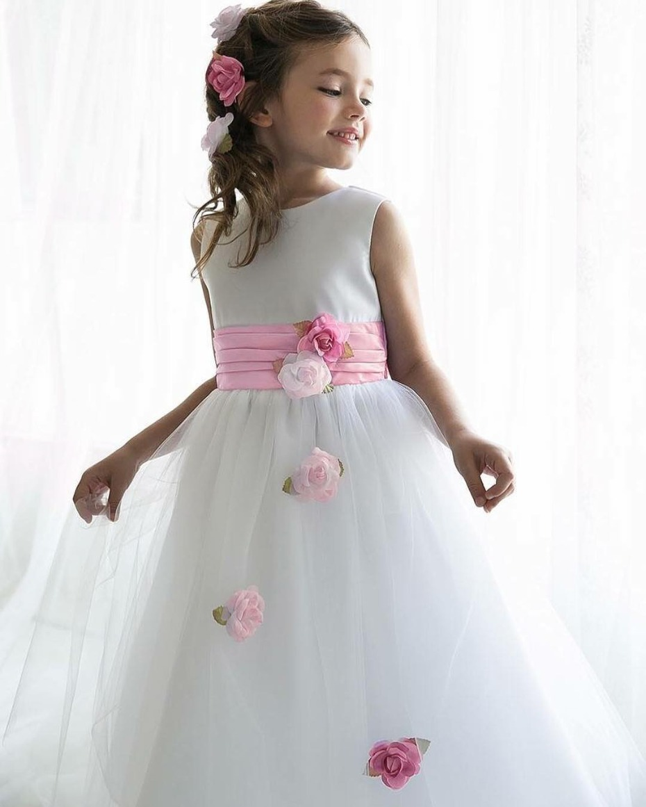 Pink Princess Shrinks Aisle Style Trends Down For Tiny Ones