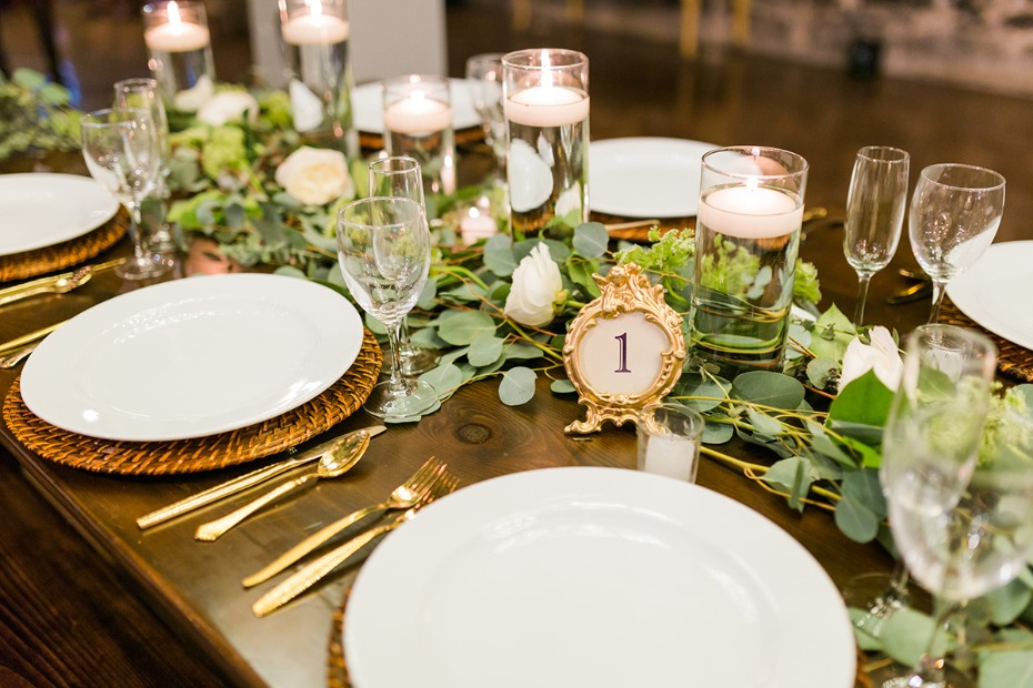 simple white and gold table decor