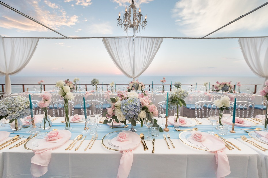 Glam ocean view wedding reception
