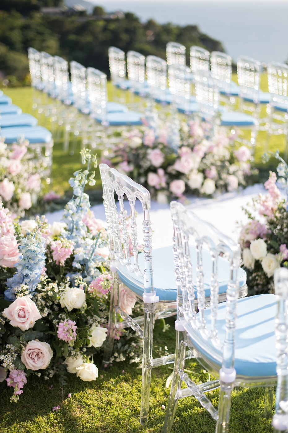 Crystal chairs for ceremony