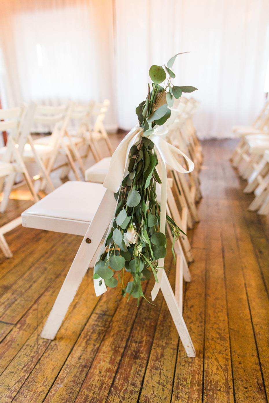 simple eucalyptus leaves chair decor
