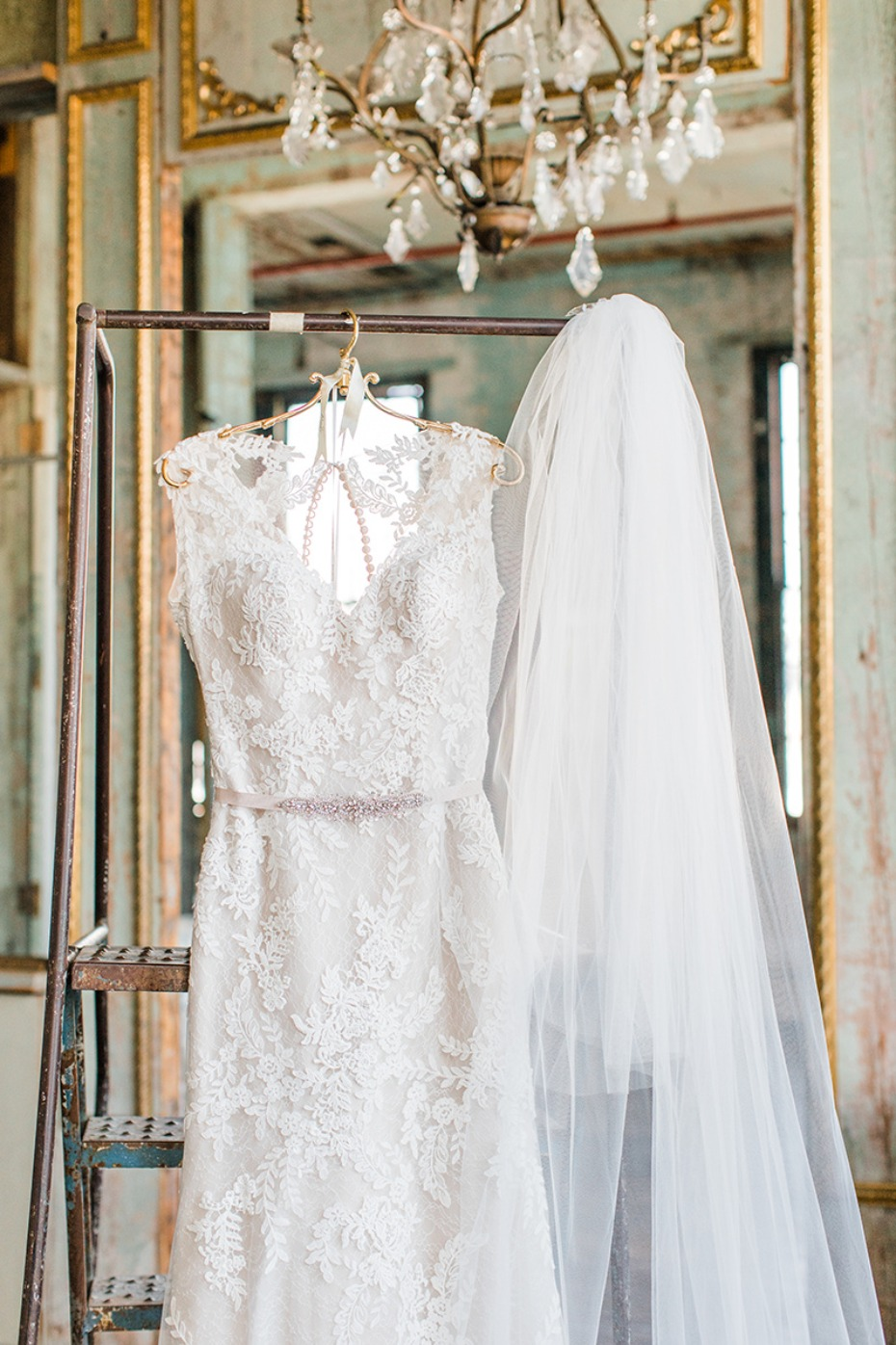 wedding dress for your vintage chic wedding