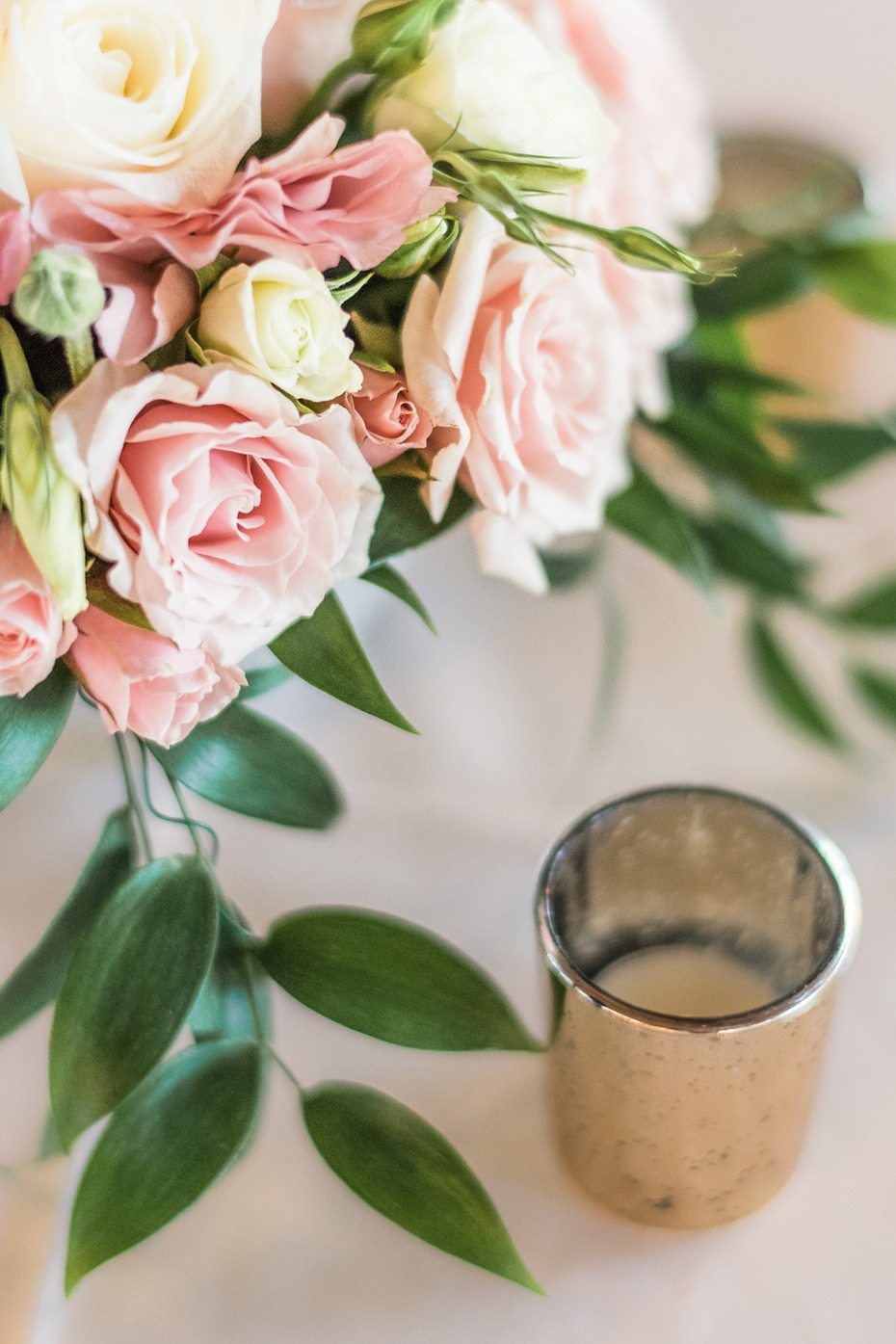 floral and tea light table decor