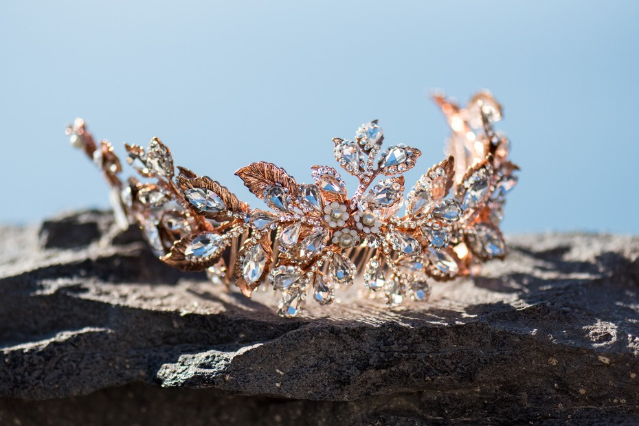 rose gold and diamond tiara