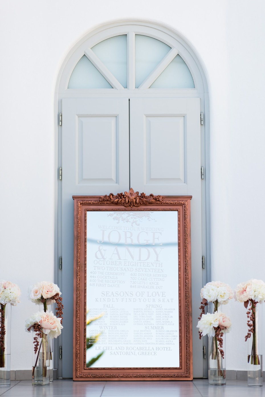 rose gold mirror with wedding day events