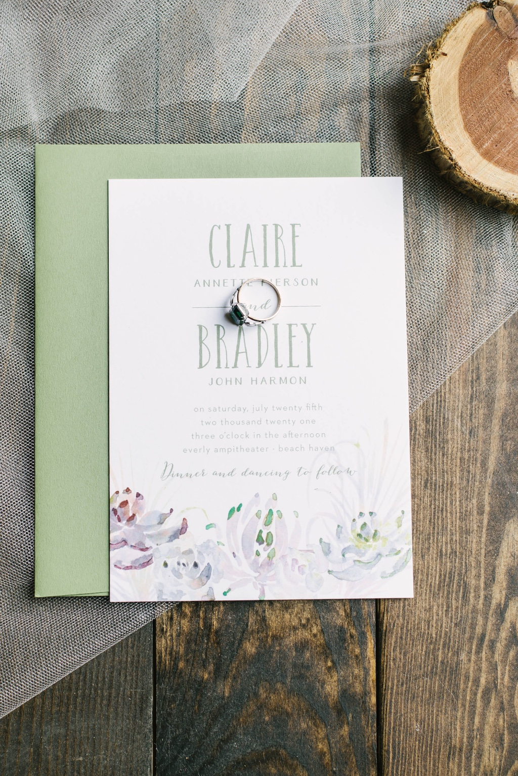 Desert vibes wedding invitations are a fresh and fun take on a summertime wedding invitation style!