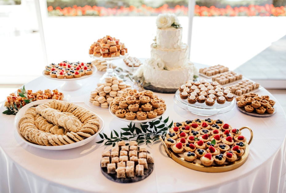 cake table with deserts