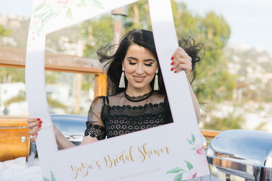 Bridal shower selfie station