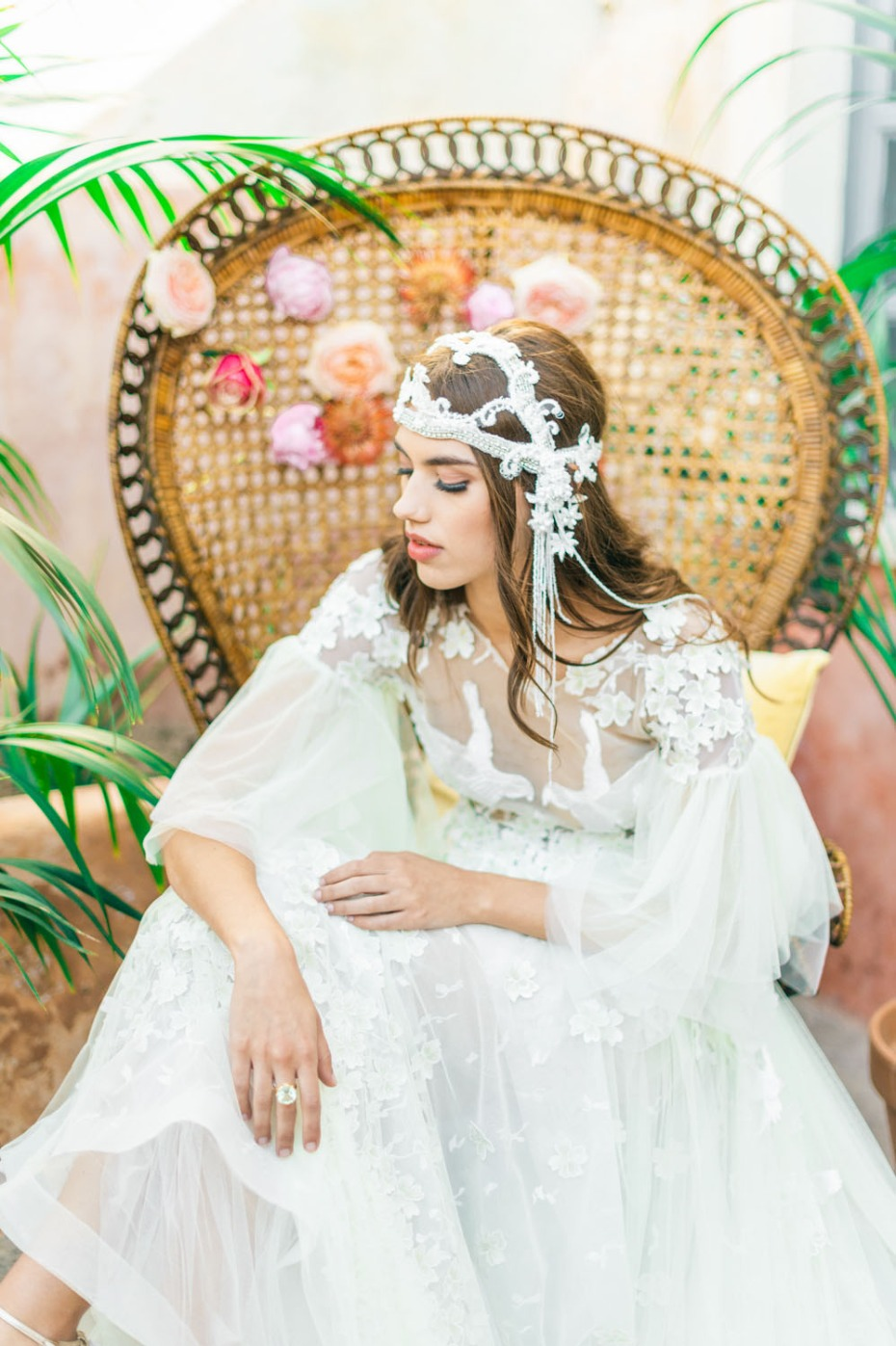 The 70s inspired bridal look