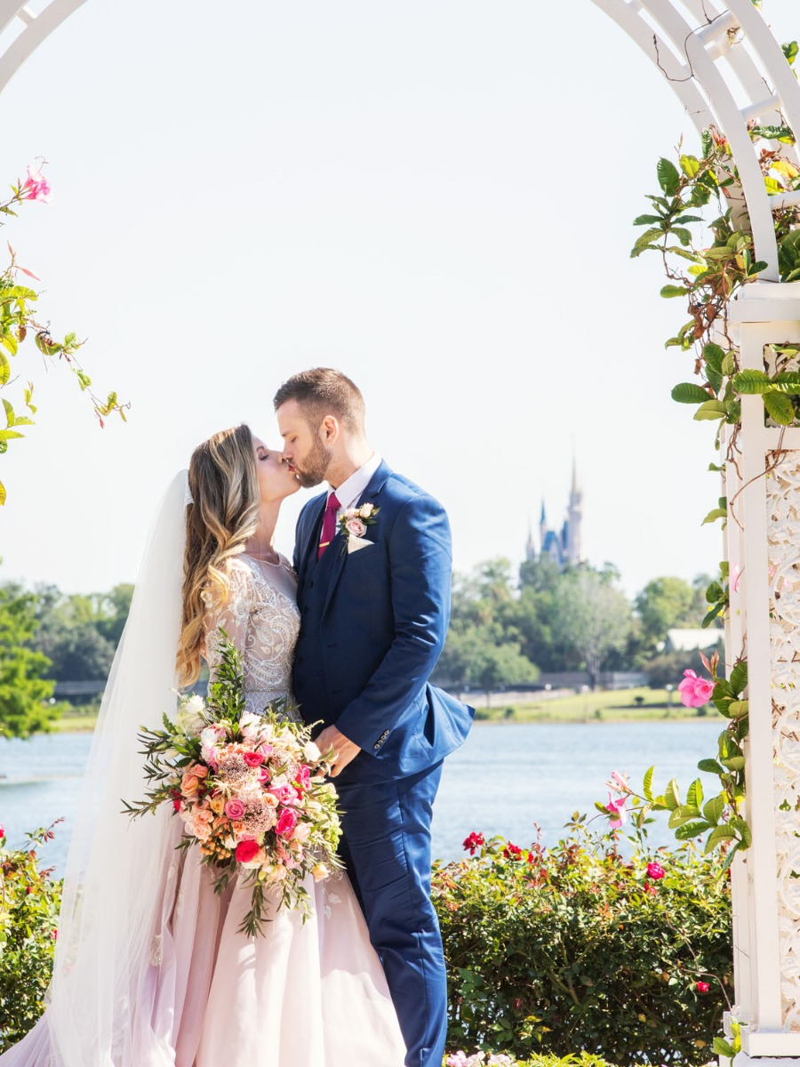 How Much Is A Wedding.This Is How Much A Disney World Wedding Costs