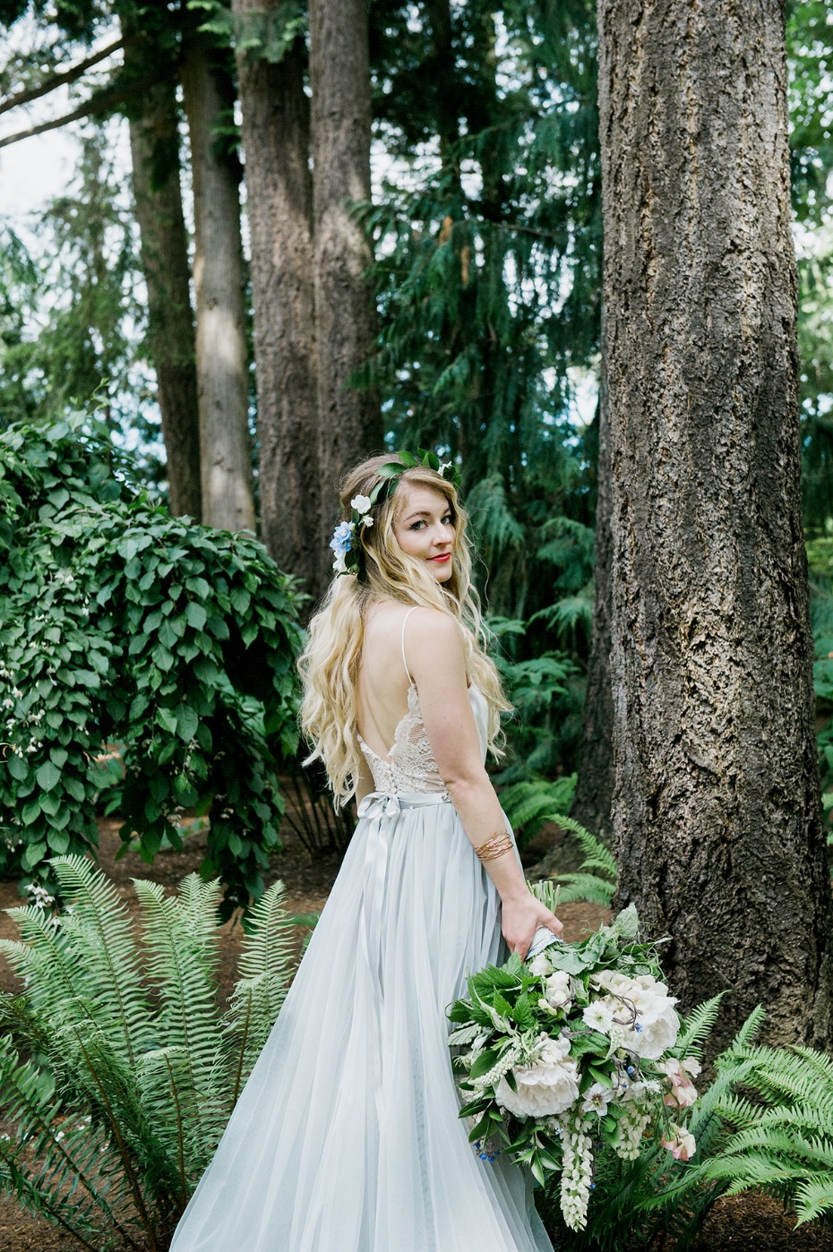wedding look for your romantic forest wedding