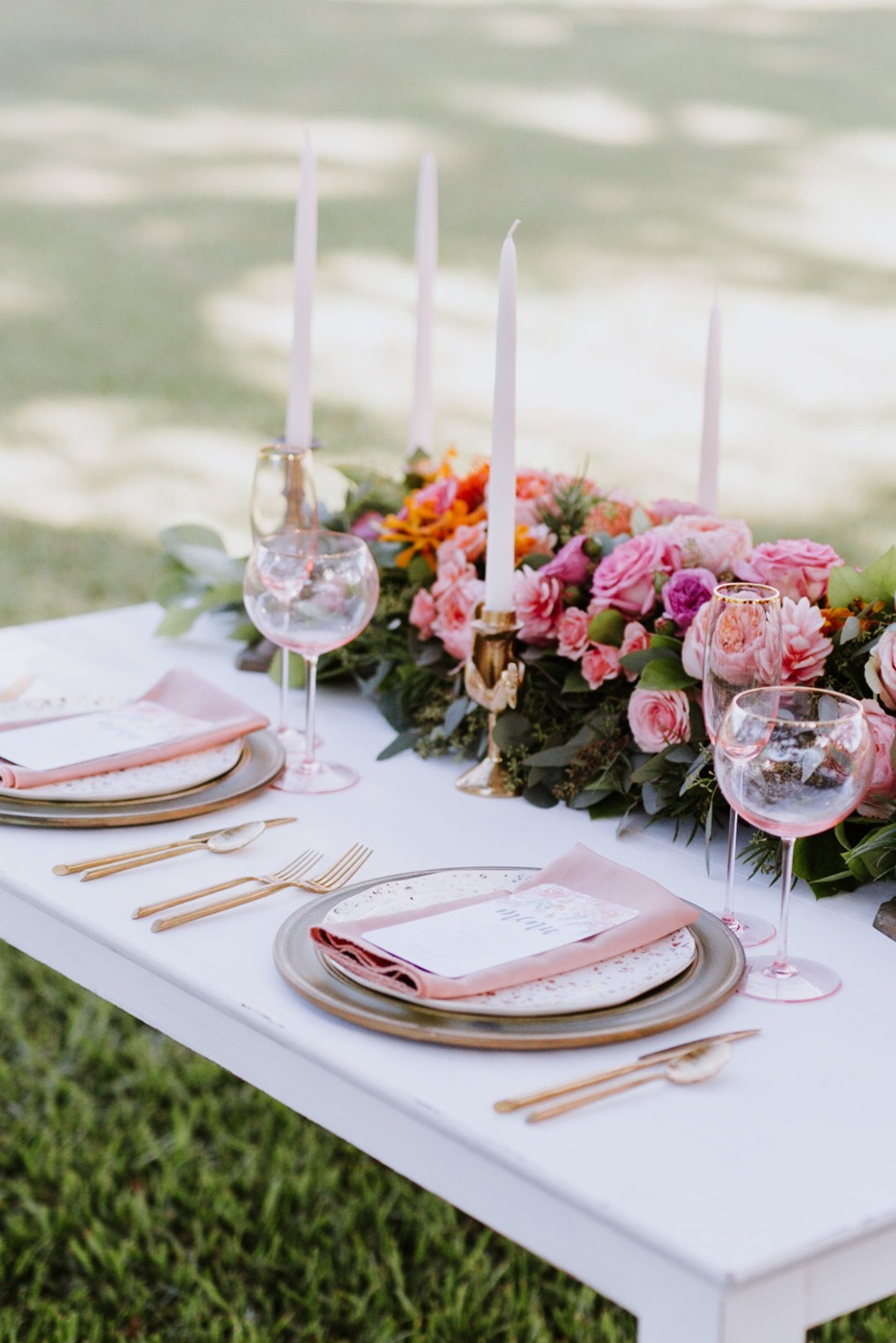pink and gold wedding table ideas
