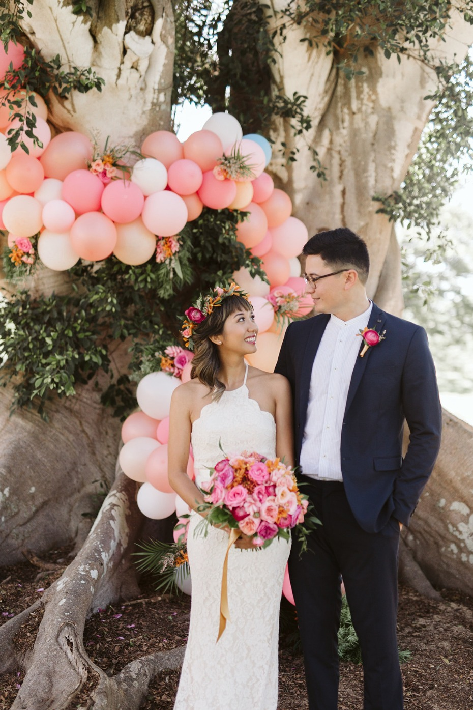 balloon wedding ceremonybackdrop