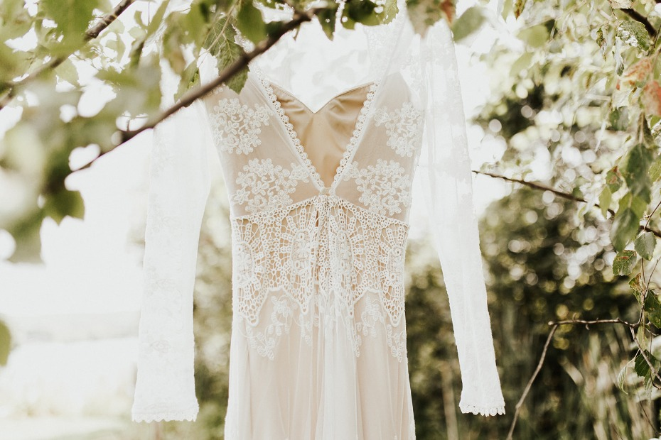 How To Have A Boho Chic Wedding In Michigan