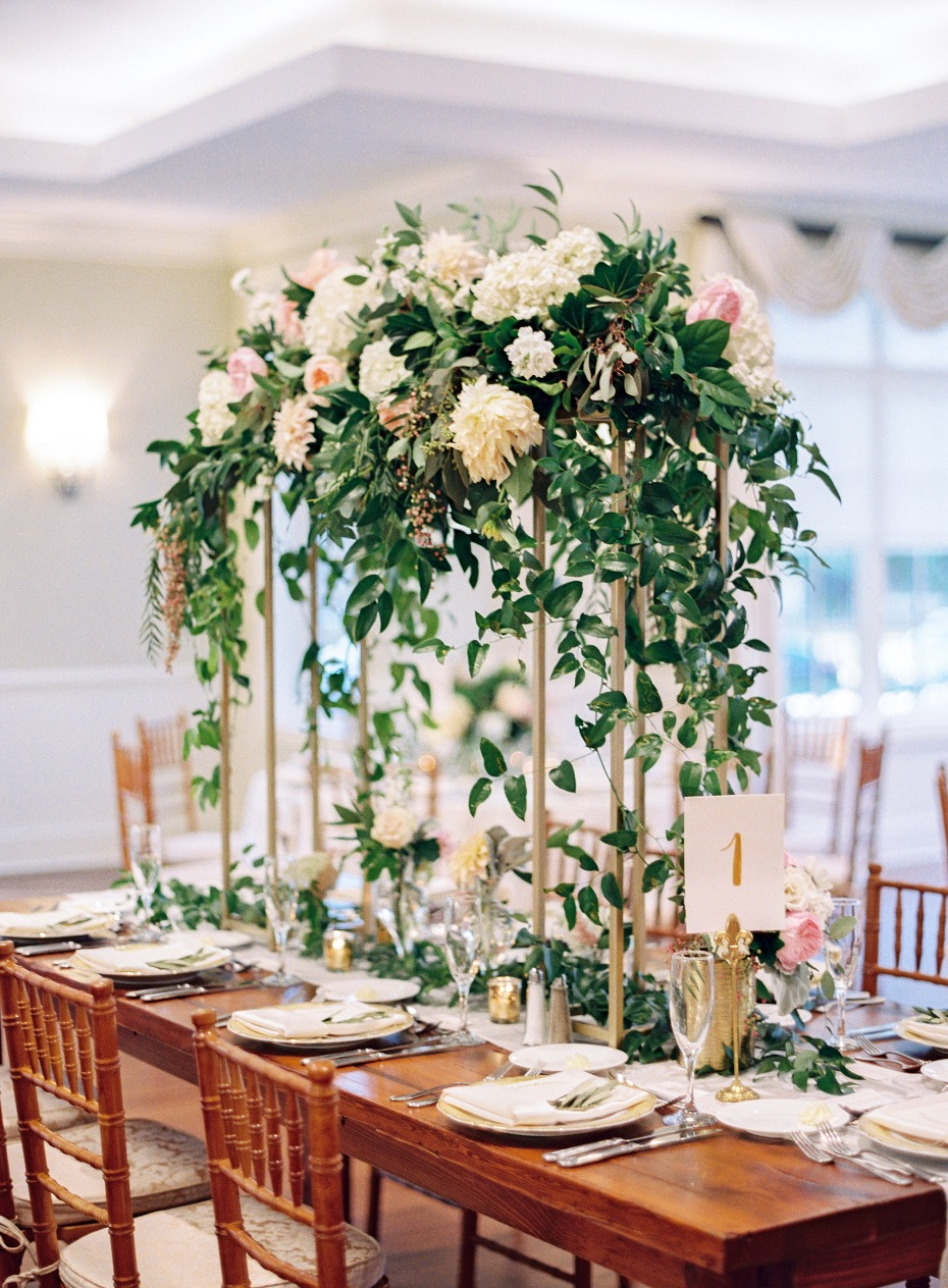 Tall floral centerpiece for a wedding
