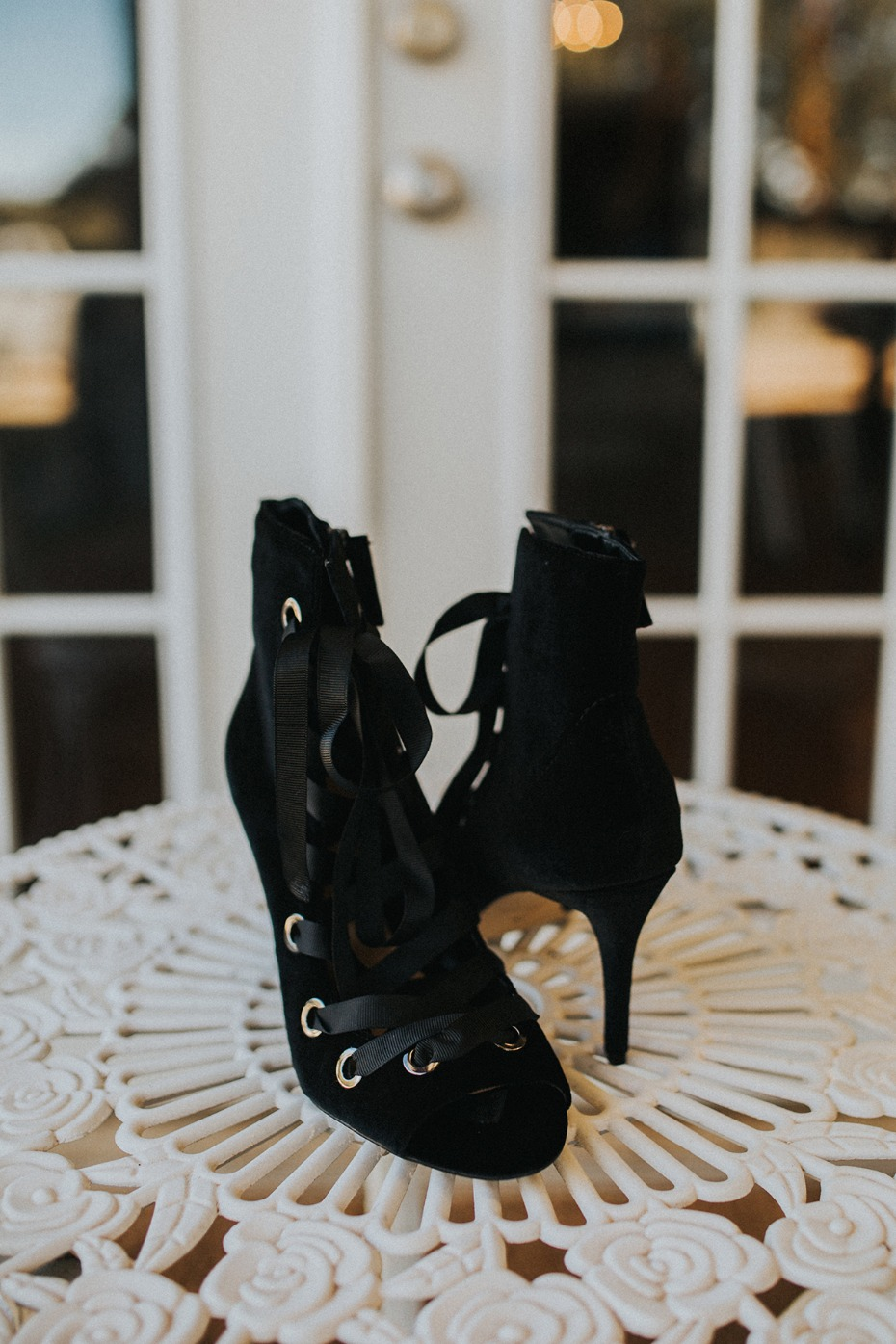 dramatic wedding shoes
