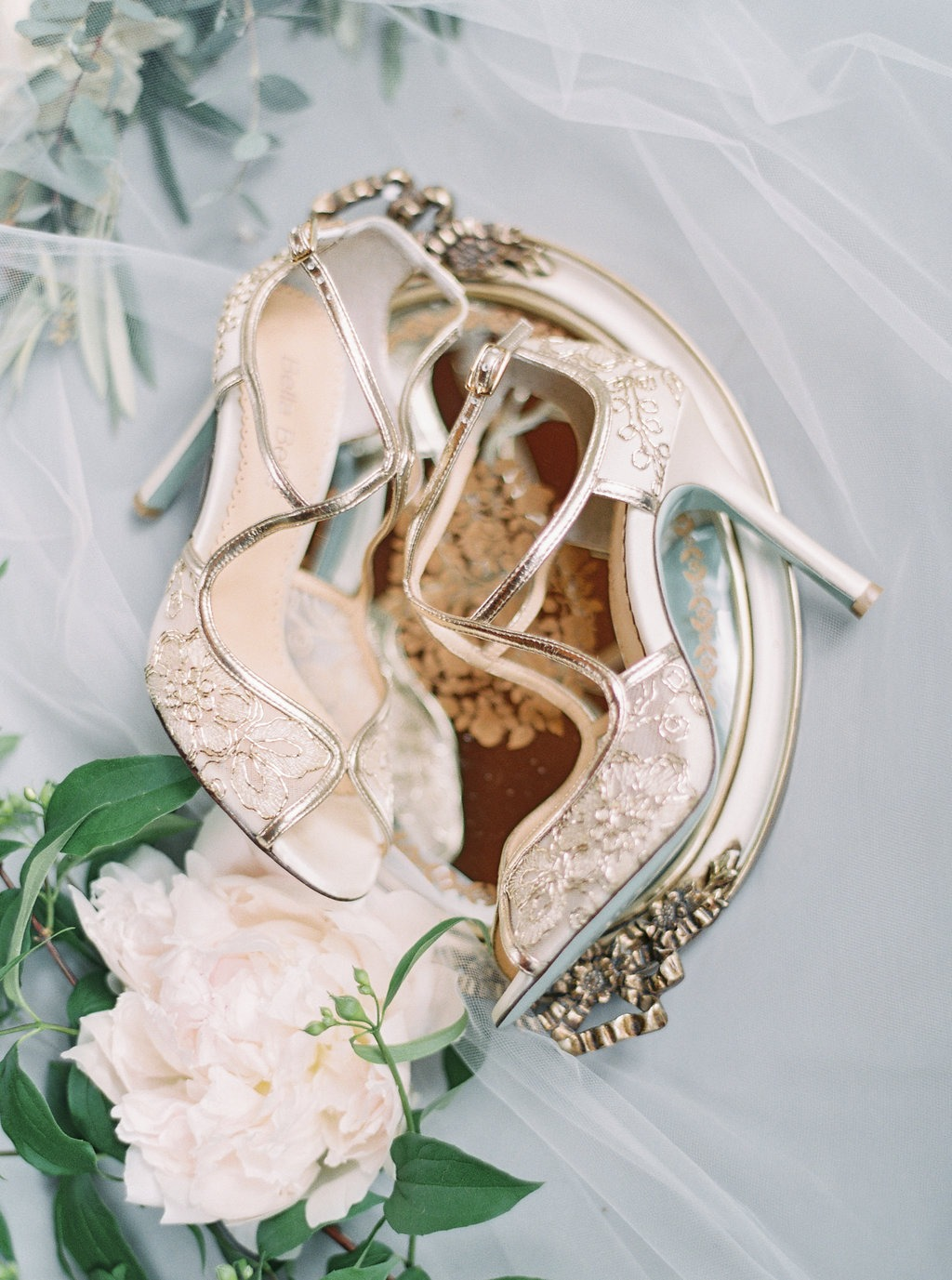 The perfect mix of regal, vintage and elegance, featuring the Tess gold wedding heel. See more at @bellabelleshoes