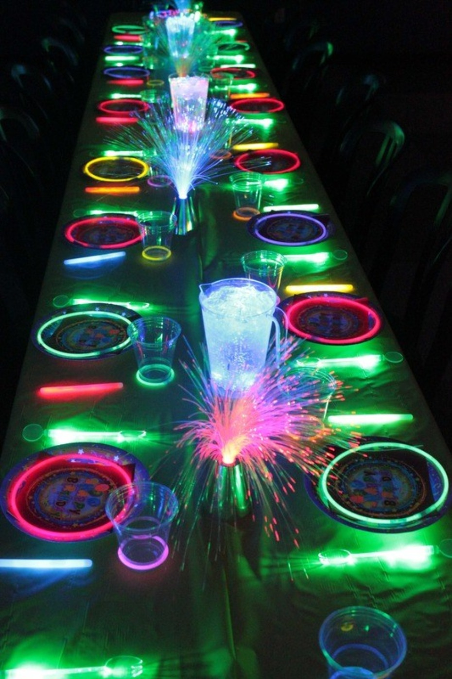 4th of July neon table decor