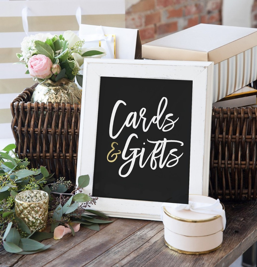 Cards and Gifts Signs are an ESSENTIAL part to any wedding since they let your guests know where to place their gifts and cards!! Miss