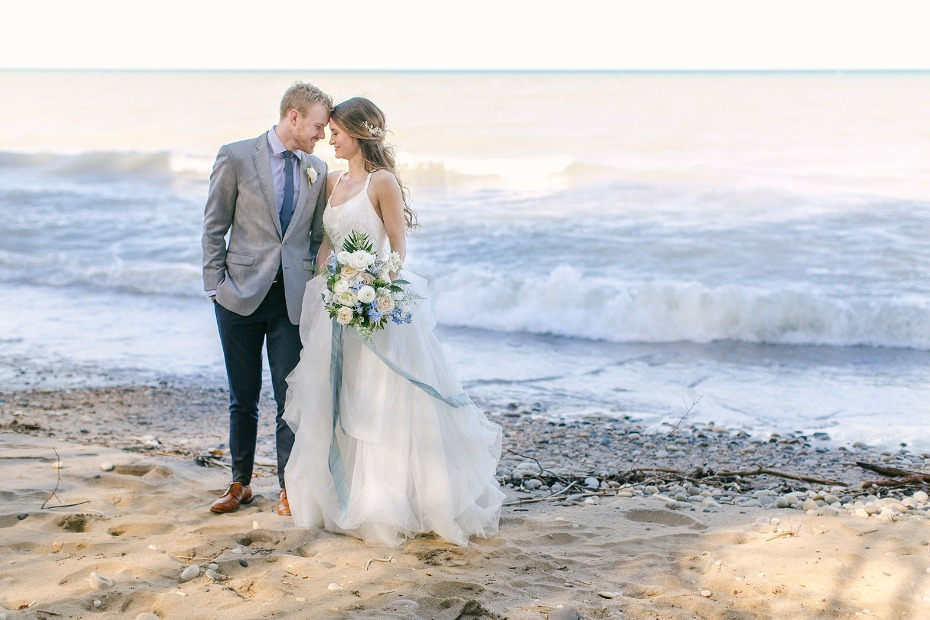 beach wedding idea for introverts