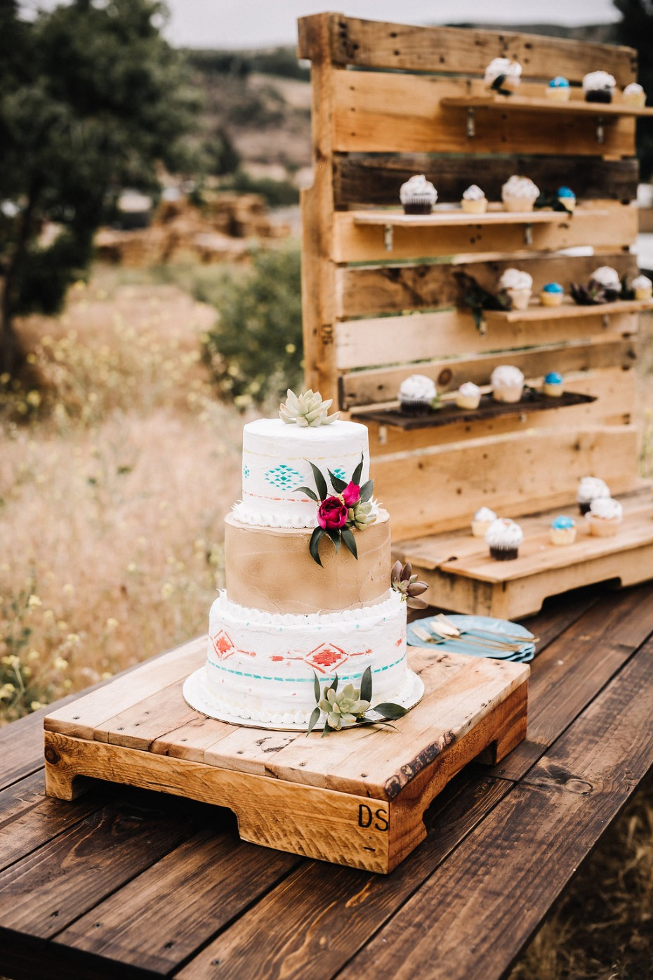 Southwestern wedding cake