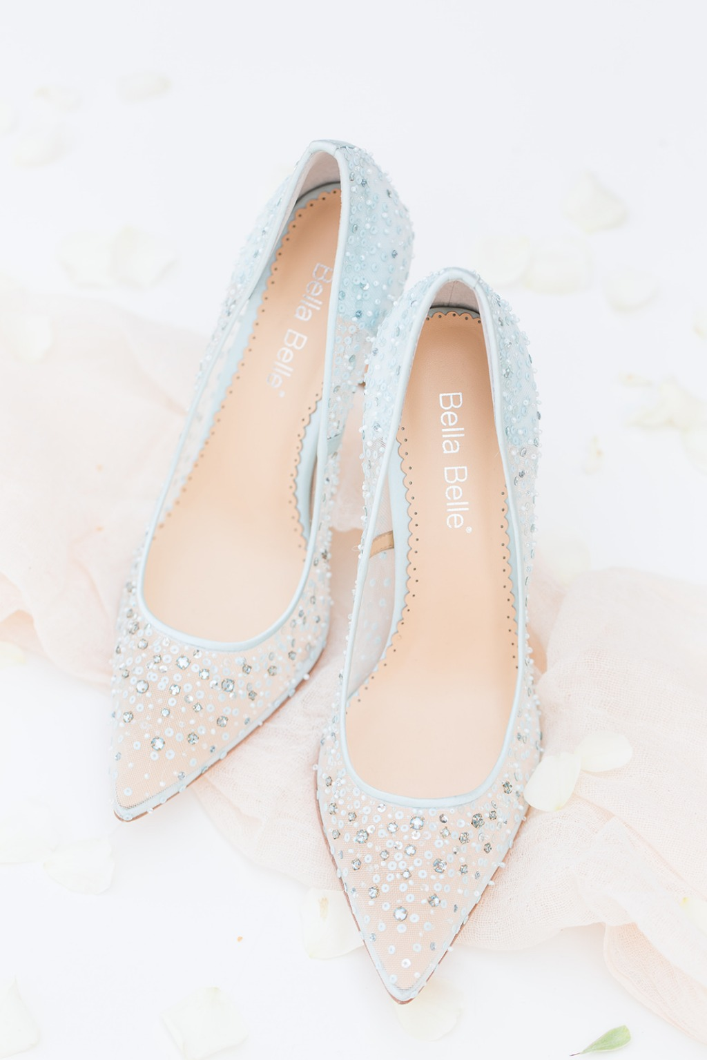 Is this not the perfect 'something blue' Cinderella wedding heel addition to your 'something new' wedding? Best part: Elsa Blue is