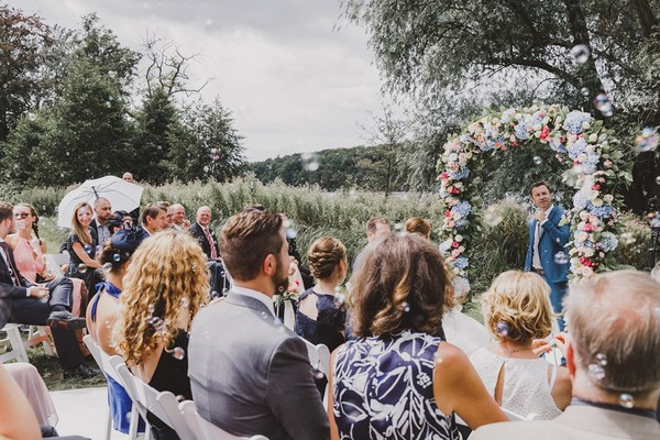 How To Have A Posh Garden Wedding