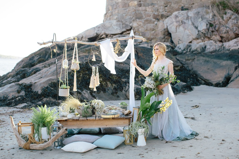 romantic wedding beach table decor