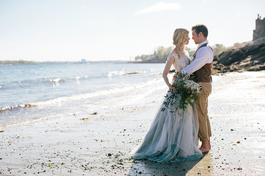 romantic wedding couple on the beach