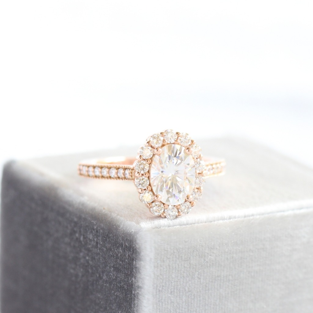 La More Design strives to create beautifully unique and elegantly crafted engagement rings and wedding bands, custom made for you