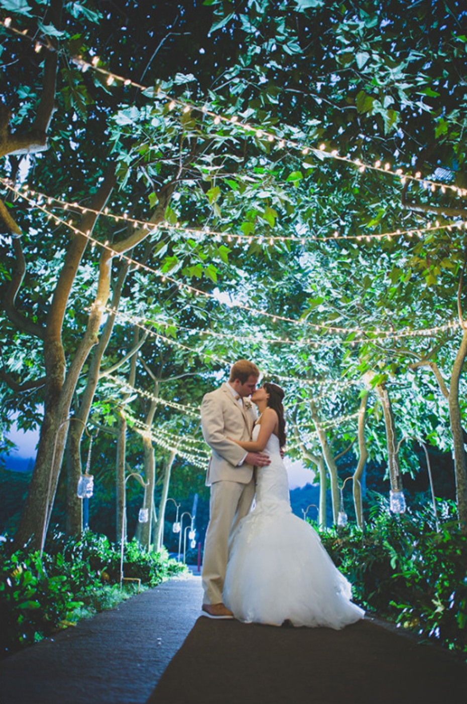 twinkle lights for your wedding night