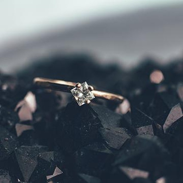 BESPOKE JEWELRY BORN OUT OF LOVE & DEVOTION. INSPIRED BY HISTORY. ALWAYS CUSTOM & UNIQUE