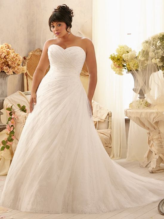 Trending - Figure Flattering Plus Size Wedding Gowns