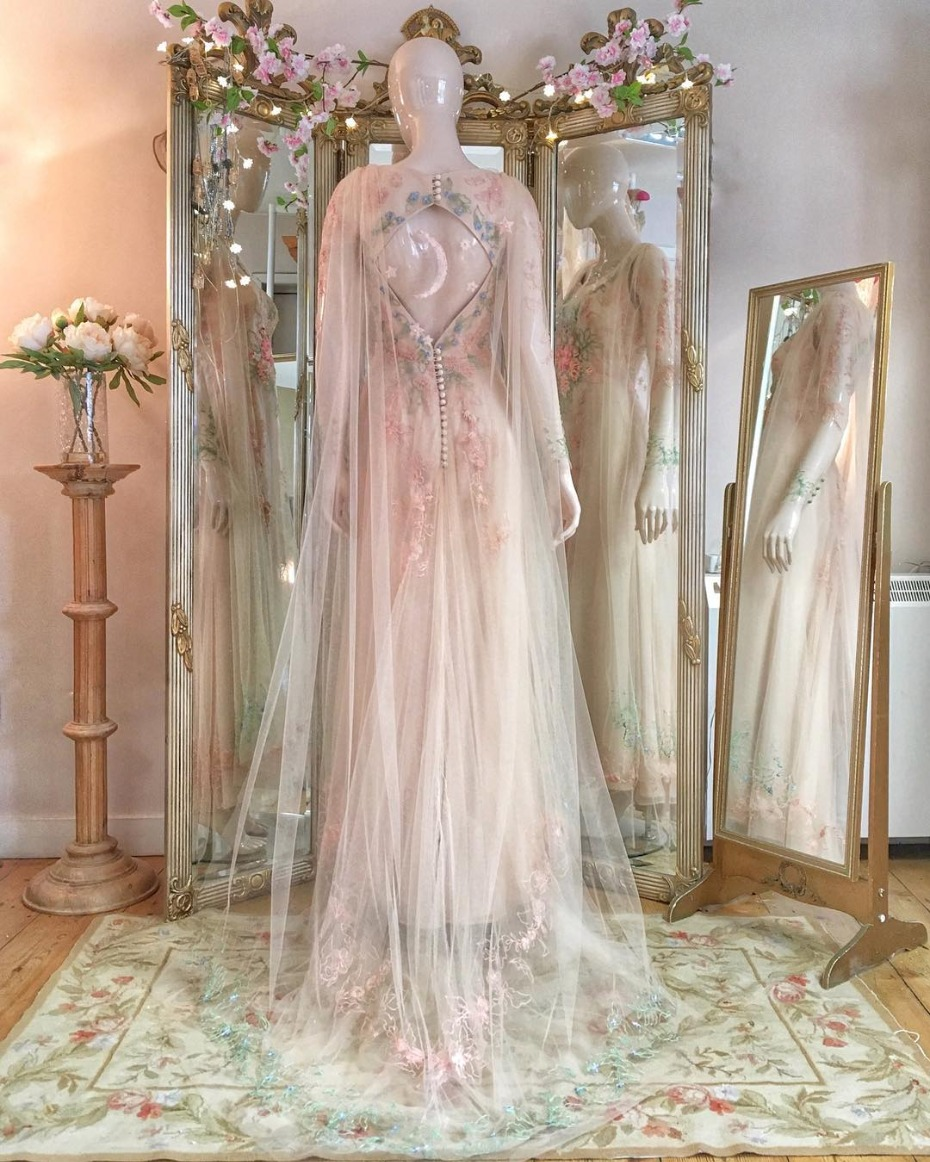 Get the look Kaley Cuoco caped wedding dress by Jo Fleming Design