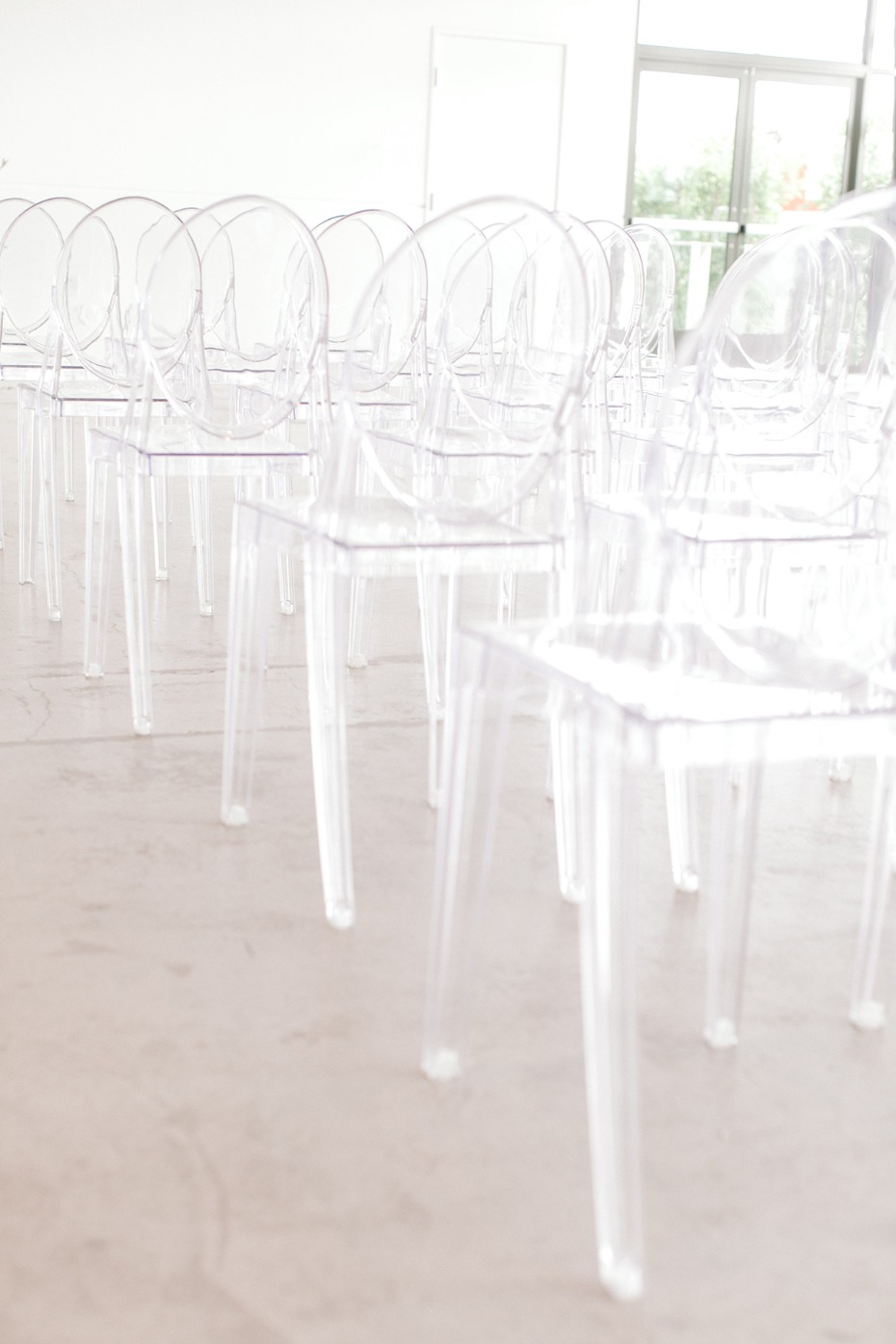 ghost chairs for a modern wedding reception