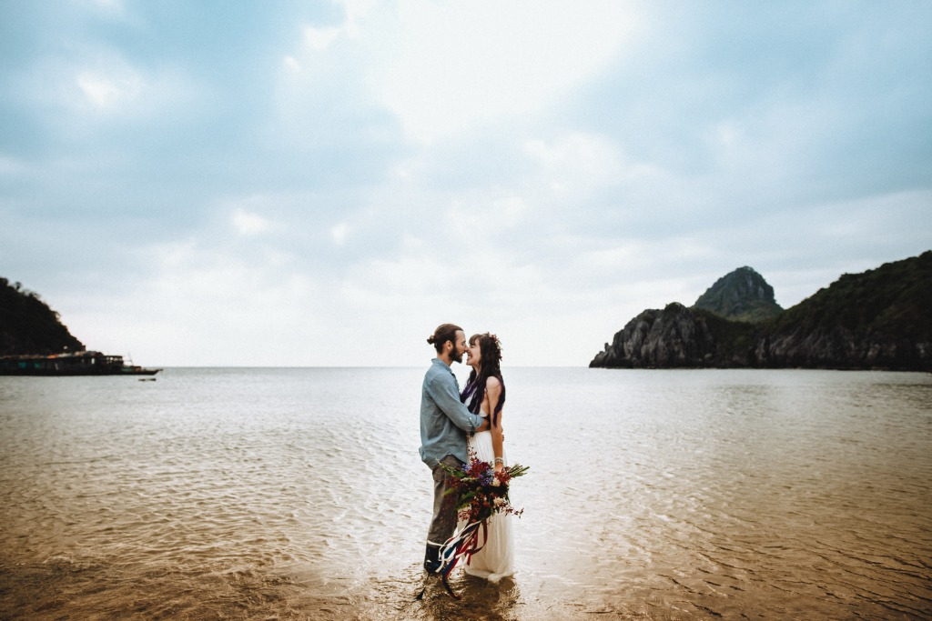 Surrounded your wedding by love and emerald water of Ha Long Bay - the UNESCO's World Heritage Site and a land of love. Book a free